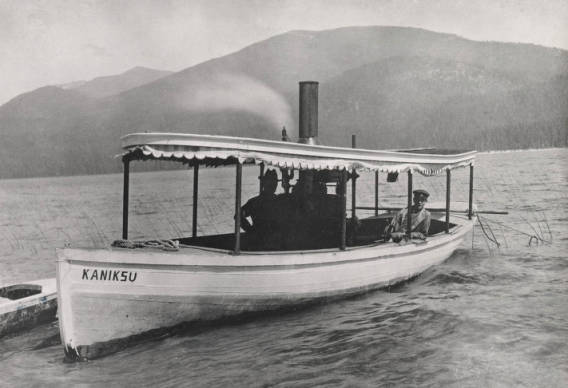 "Image of Steamboat ""Kaniksu""."