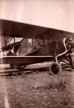 Image of Airplane at Stonebraker Ranch [01]